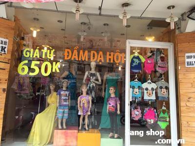 Sang mặt bằng nguyên căn shop thời trang