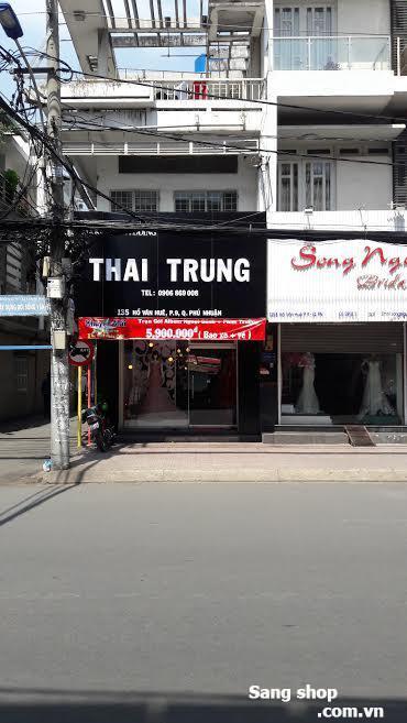 Sang mặt bằng shop áo cưới đường Hồ Văn Huê