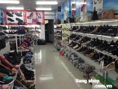 Sang mặt bằng shop giầy dép quận Bình Thạnh