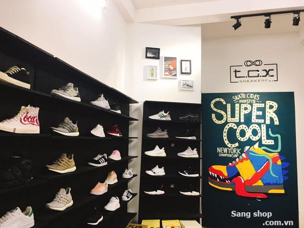 Sang mặt bằng Shop Giày Sneaker