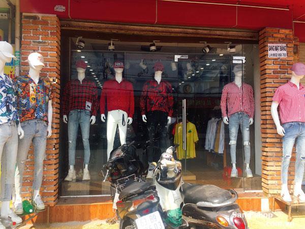 Sang Mặt Bằng Shop Thời Trang Ngay Tại Trung Tâm Quận 11