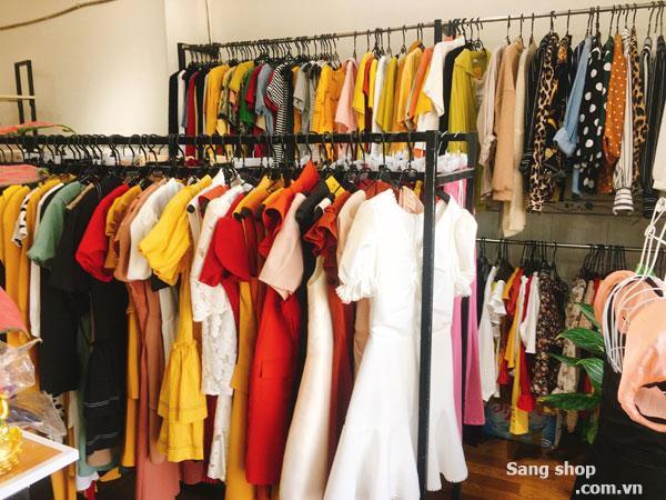 Sang MB Shop Decor sẵn mới đẹp trang bị đầy đủ