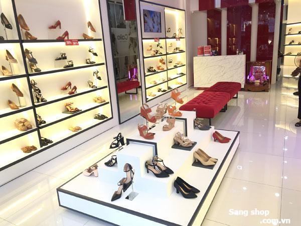 Sang nhượng showroom giày dép quận 10