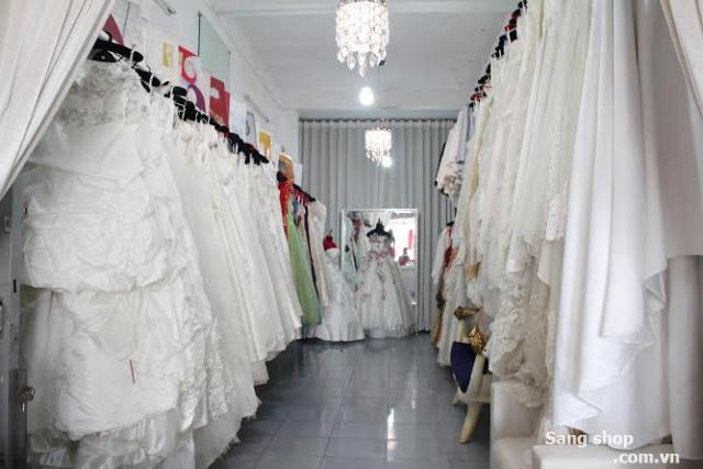 Sang nhượng toàn bộ studio áo cưới