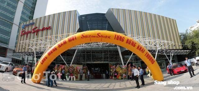 Sang quầy tại Saigon Square 3