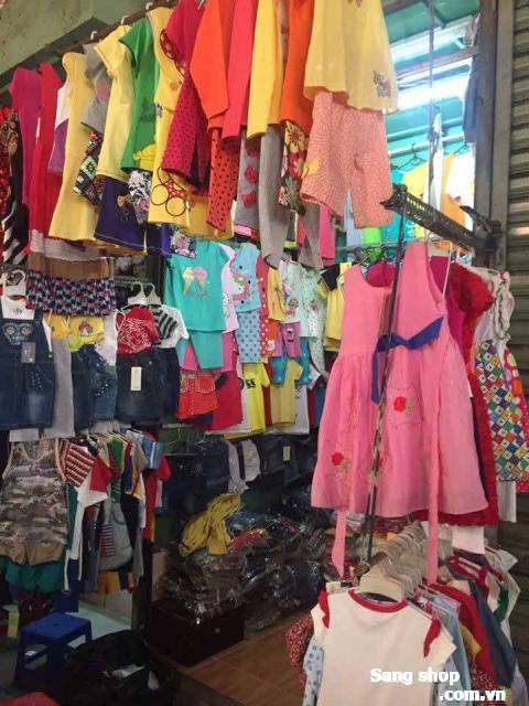 Sang sạp quần ào trẻ em Chợ Trung Chánh