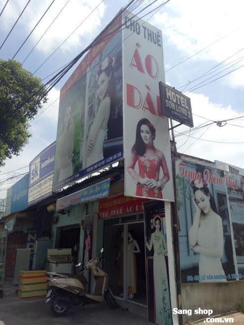 Sang Shop áo dài đường Lê Văn Khương