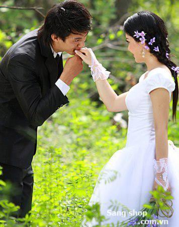 Sang shop áo cưới tại Hà Nội