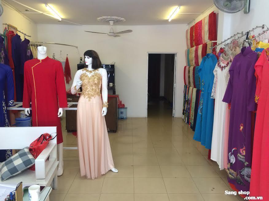 Sang shop áo dài cưới đường Hồ Văn Huê
