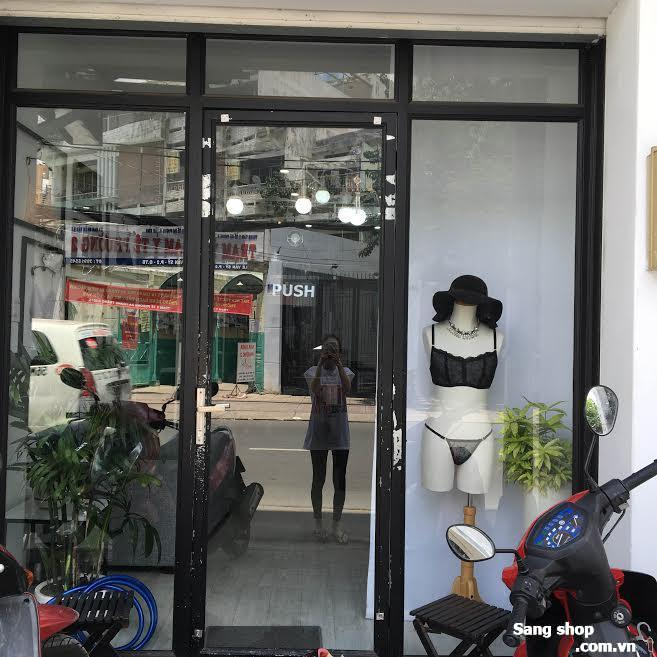 Sang shop decor đep mặt bằng nguyên căn