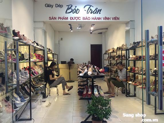 Sang Shop Giày Dép Nữ mặt tiền chợ Gò Vấp