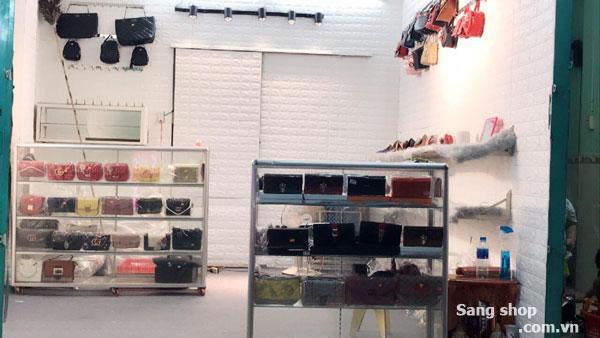 Sang shop Giày dép thời trang Nam Nữ, Phự kiện