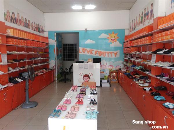 Sang shop giày dép trẻ em đường Hoàng Văn Thụ