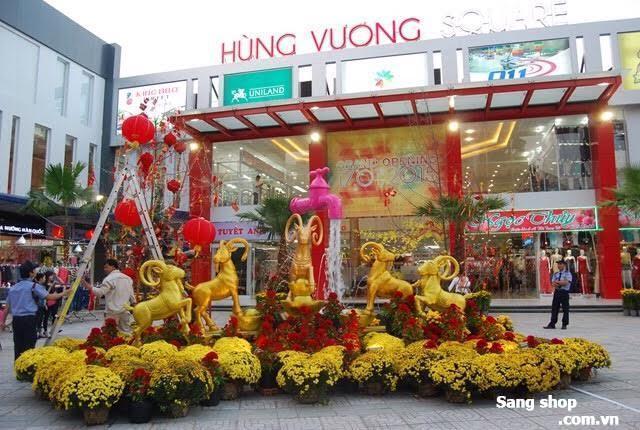 Sang Shop giày dép túi xách trong TTTM Tân An Đông