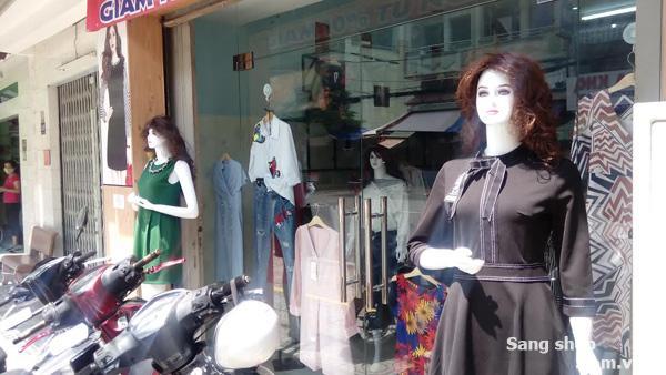 Sang Shop hoặc mặt bằng thời trang nữ