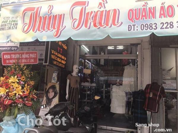 Sang shop hoặc sang quần áo thời trang nữ quận Bình Thạnh