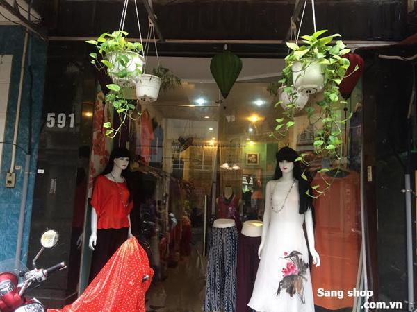 Sang shop mặt tiền Nguyễn Đình Chiểu