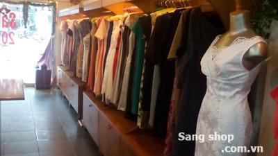 Sang shop máy  bán thời trang Công Sở