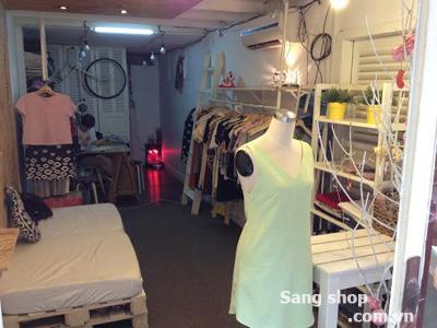 Sang Shop quần áo đường Mạc Thị Bưởi Quận 1
