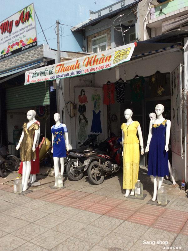 Sang shop quần áo mặt tiền Lê Thị Hà, Hóc Môn