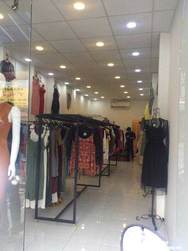 Sang Shop quần áo nữ mặt tiền Xô Viết Nghệ Tĩnh