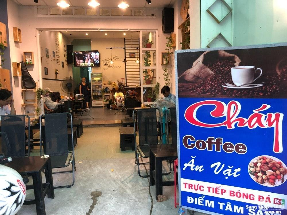 Sang shop quần áo và quán cafe