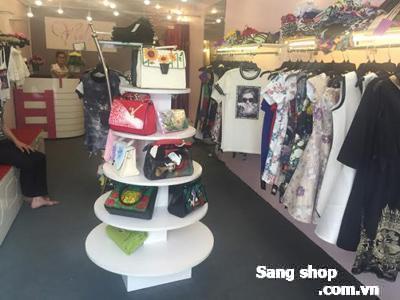 Sang shop thời trang cao cấp đường Văn Bánh