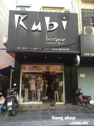 Sang shop thời trang  nữ hàng hiệu quận Phú Nhuận