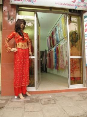 Sang shop thời trang áo dài Đống Đa Hà Nôi