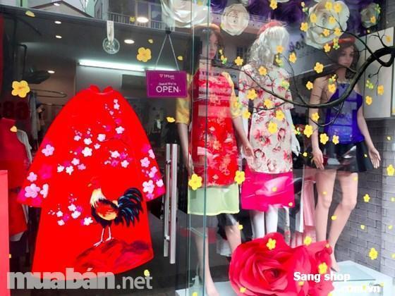 Sang shop thời trang đang kinh doanh tốt đường Võ Văn Tần