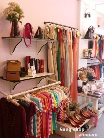 Sang shop thời trang đường Cách Mạng Tháng Tám quận 3