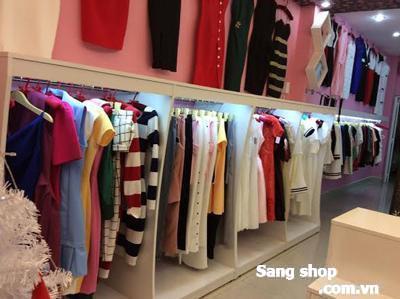 Sang Shop thời trang đường Hùynh Văn Bánh