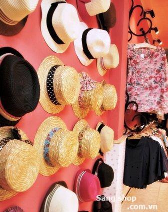 Sang shop thời trang hàng hiệu Nguyễn Trọng Tuyển, 15, Quận Phú Nhuận