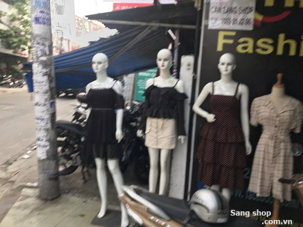 Sang shop thời trang khu kinh doanh sầm uất,