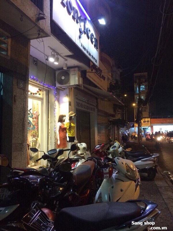Sang shop thời trang khu trung tâm mua sắm