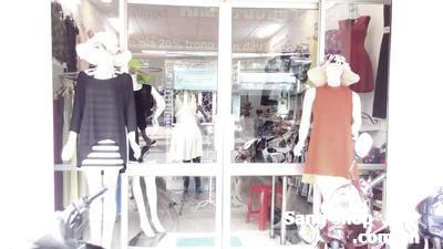 Sang shop thời trang mặt tiền Kha Vạn Cân