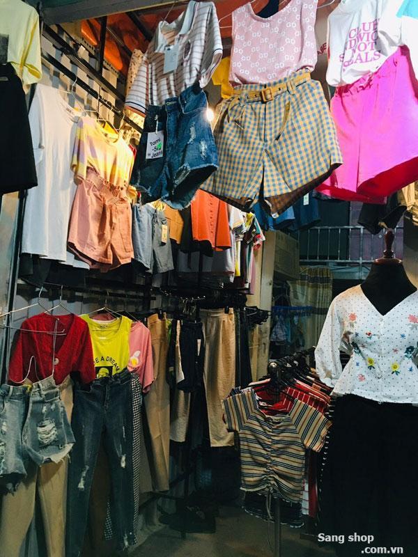 Sang shop thời trang ngay chợ căn cứ đã kinh doanh 2 năm