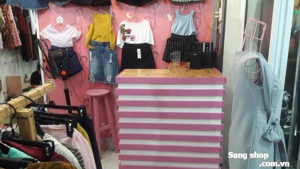 Sang shop thời trang ngay chợ Hạnh Thông Tây