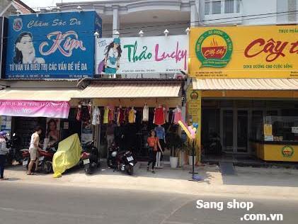 Sang shop thời trang Nữ đường Dân Chủ