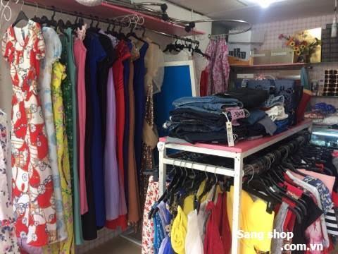 Sang shop thời trang nữ đường Trần Huy Liệu