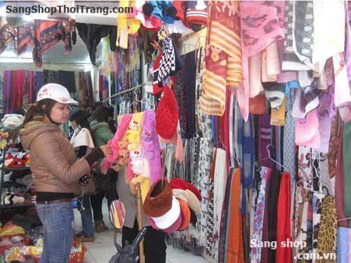 Sang shop thời trang nữ ở chợ Nhà Xanh