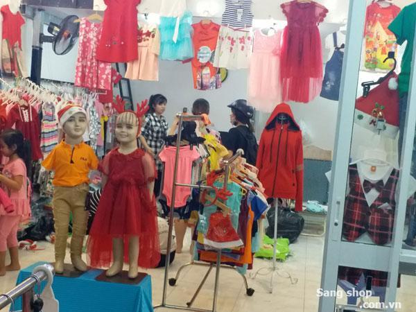 Sang shop thời trang trẻ em Nhà Bè.