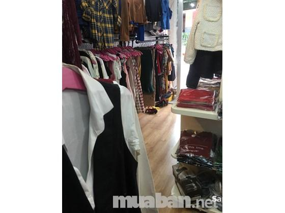 Sang shop thời trang và mỹ phẩm quận 3