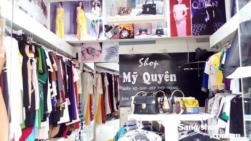 Sang shop thời trang và phụ kiện cao cấp.