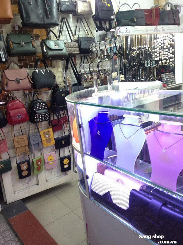 Sang shop trang sức phụ kiện và balo túi xách đường Lê Văn Sỹ