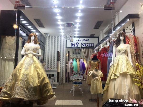 Sang Studio Áo Cưới hoặc MB Shop Decor sẵn