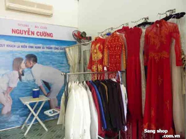 Sang tiệm áo cưới quận Bình Tân