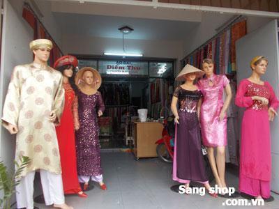 Sang tiệm áo dài Quận Tân Bình