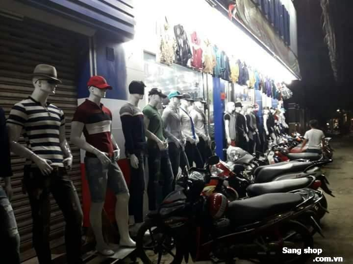 Sang toàn bộ shop thời trang vị trí đắc địa