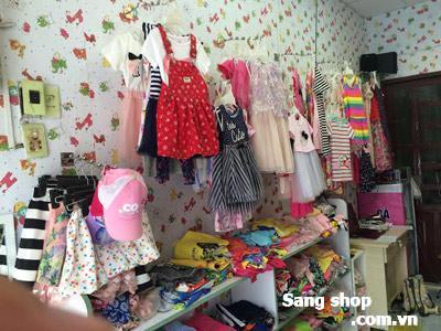 Shop quần áo trẻ em đường Bùi Đình Túy